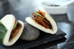 black pepper chicken open bun