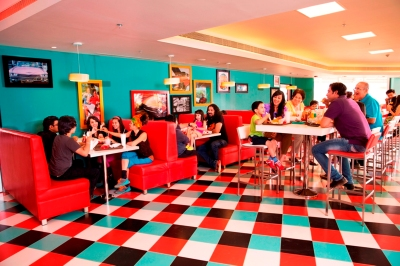 Red Bonnet American Diner at ADLABS IMAGICA