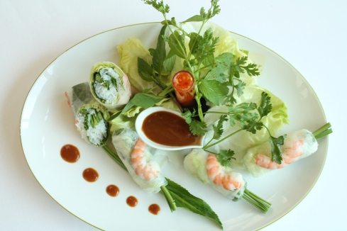 STEAMED SPRING ROLL at Sofitel