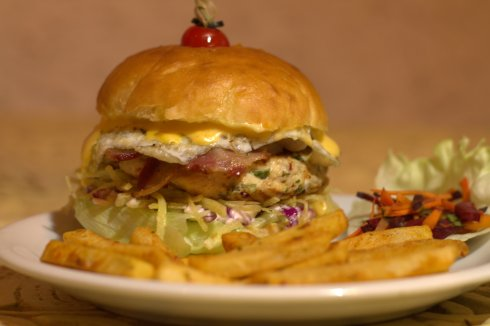 XL Burger