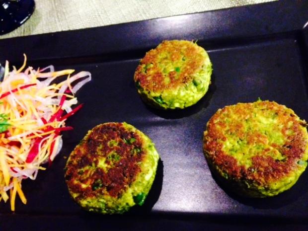 Motorshuti Chennar Chop - patties with cheese and green peas