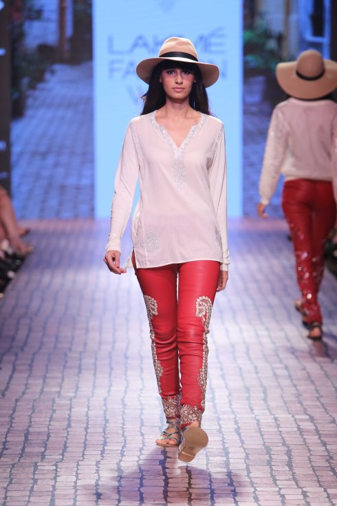 Monisha Jaisngh, designer, Lakme, fashion week, swimwear, glitter, ujawala Raut, model, ramp