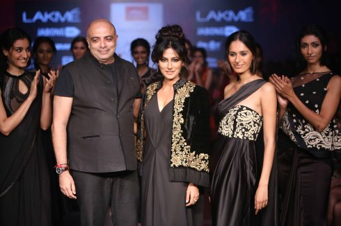 Tarun Tahiliani at LFW WF 2015 (71)