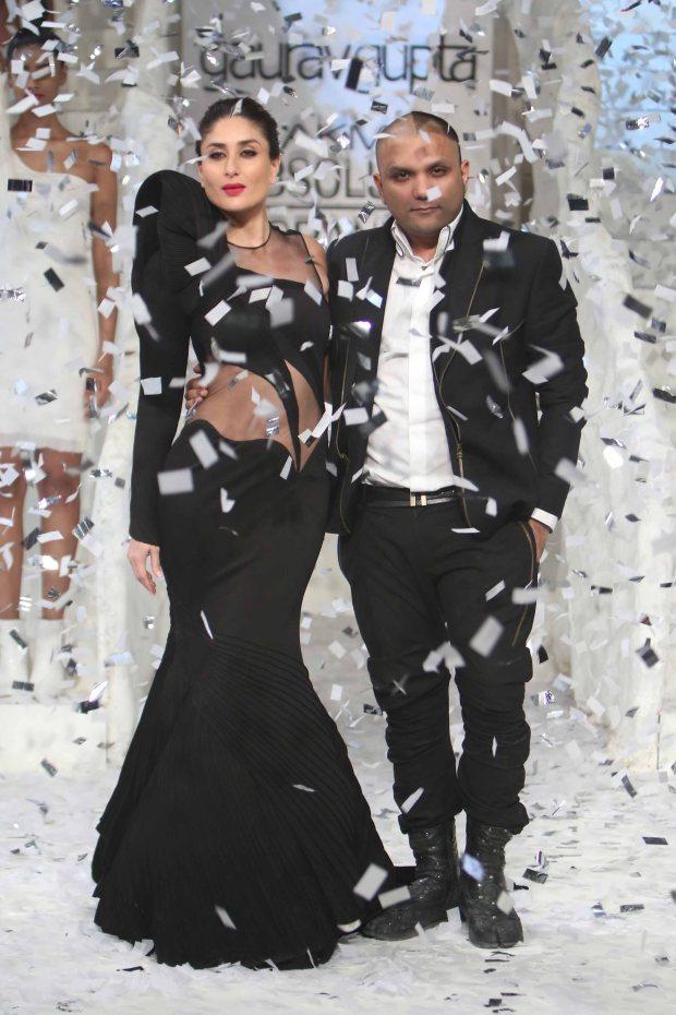 Kareena Kapoor, Khan, Lakme, fashion show, grand finale, couture, Gaurav Gupta