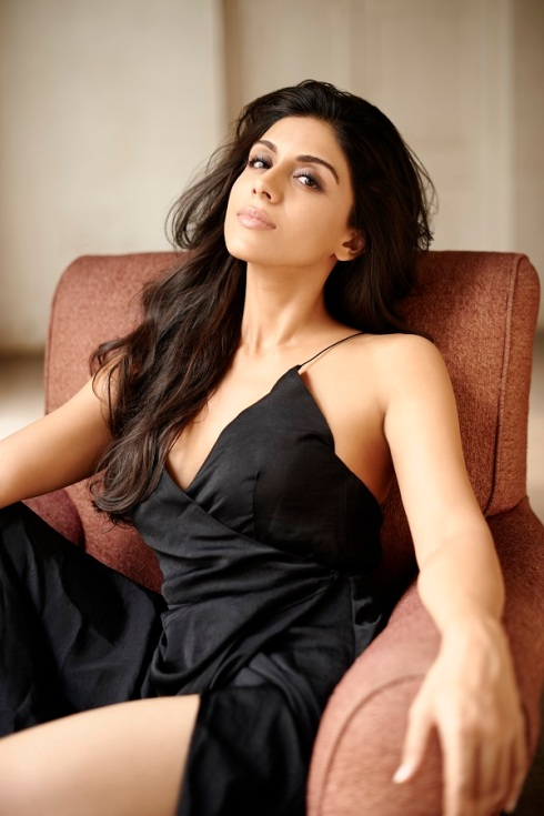 Zoa Morani, actress, Bollywood, Morani Bros, acting