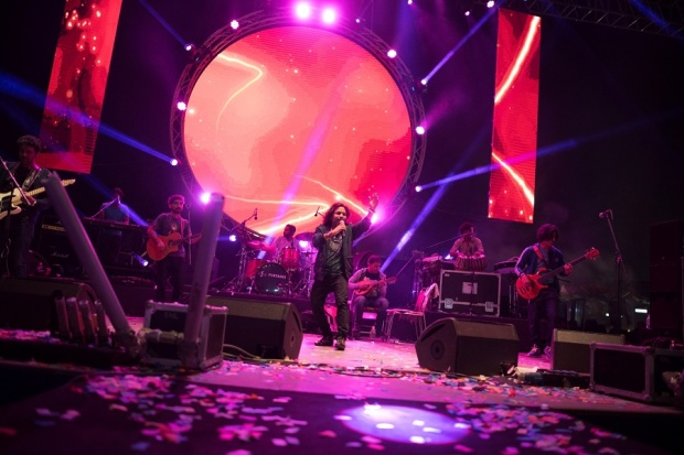 low res Kailasa at SulaFest 2016