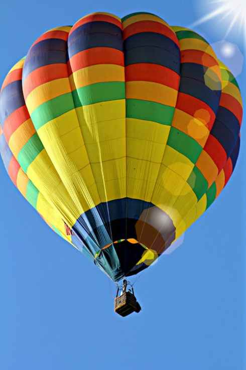 hot-air-balloon-hot-air-balloon-ride-57722.jpeg